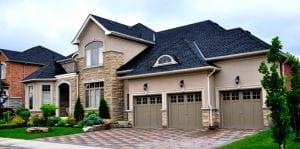 bán nhà ở Toronto Canada