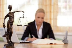 Ngành luật là một trong những ngành nghề được ưu tiên định cư ở Úc