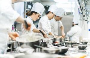 Ngành đầu bếp mang lại cơ hội việc làm và định cư cho người lao động